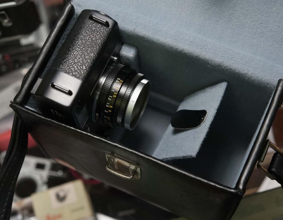 leitz wetzlar leica cl leather case box 14825. Black Bedroom Furniture Sets. Home Design Ideas